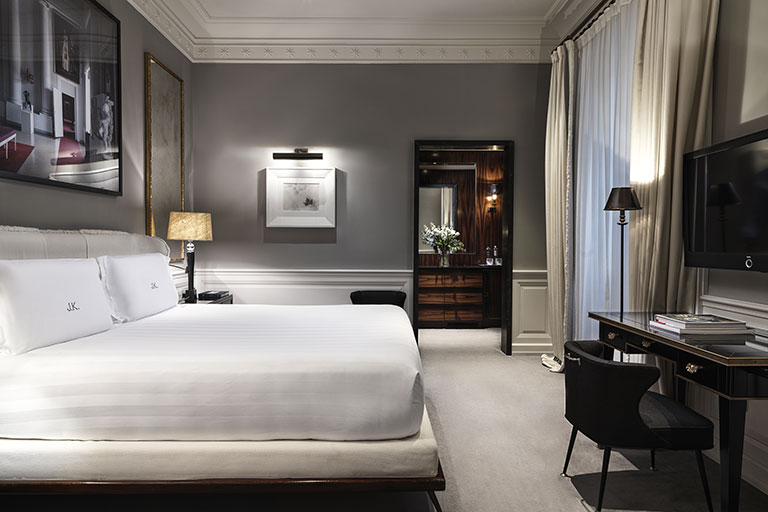 Grand Deluxe Room Array